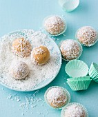 Snowballs: cake balls with grated coconut