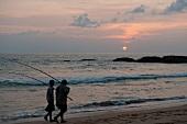 Sri Lanka, Südküste, Koggala, Indischer Ozean, Fischer, Abendsonne