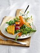 Möhrenterrine mit Zuckerschoten-Spinat-Salat