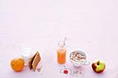 Abnehmen, Zusammenstellung, Frühstück, Obst, Knäckebrot, Müsli