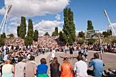 Berlin, Prenzlauer Berg, Basketball, Zuschauer, aussen