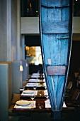 "Restaurant ""D.O.M."" in São Paulo, innen, Kanu, Holz, blau"
