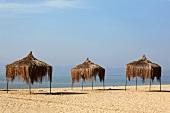 Türkei, Türkische Ägäis, Ayvalik, Badavut Strand, Sonnenschutz