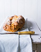 Baking with stevia: quark stollen with raisins