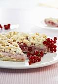 Frozen redcurrant crumble cake