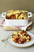A tomato and cheese pasta bake