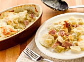 Leek and ham pasta bake