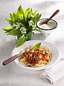 Spaghetti Bolognese with ramsons