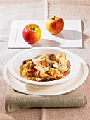 Chestnuts with apples, onions and marjoram