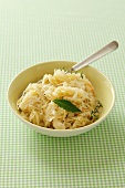 Sauerkraut with thyme and a bay leaf