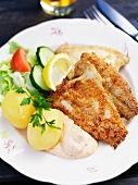 Fried herring fillets with potatoes and remoulade