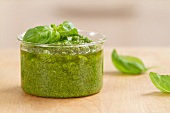 Pesto fresco (home-made pesto, Italy)