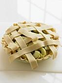 Ungebackener Apple Pie mit Teiggitter