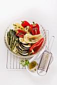 Gemischtes Gemüse mit Zitronen-Basilikum-Marinade
