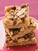 Peanut and toffee bars with chocolate chips