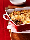 Pasta bake with tomatoes