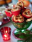 Pastetchen mit Gorgonzola und Birnen (weihnachtlich)