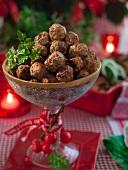 Köttbullar (Hackbällchen, Schweden) zu Weihnachten