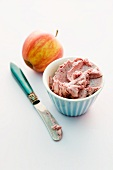 Apple and red wine spread