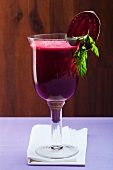 A fitness drink with carrots, beetroot, apple and celery