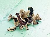 Dried mu err mushroom