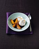 Hazelnut meringue with caramelised peach slices