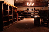 Museum wine cellar (Williamsburg Winery, Williamsburg, Virginia, USA)