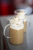 Coffee foam with cream