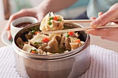 Meat wontons with vegetables