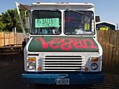 Wohnmobil mit Verkauf von veganem Essen (Portland, Oregon, USA)