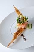 Salmon tartare and pansy
