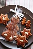 Lebkuchen (Sterne und Tannenform)