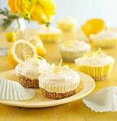 Kleine Zitronentörtchen