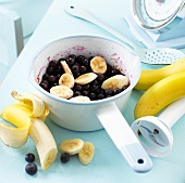 Ingredients for blueberry and banana puree