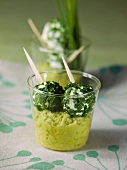 Goat's cheese balls with chives and avocado cream
