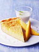 Kuchenstück mit Sirup