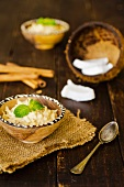 Dulce de leche y coco (coconut milk pudding, Caribbean)