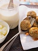 Creamy cauliflower soup with liver dumplings