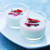Creamy desserts with rhubarb