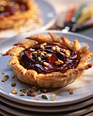 Chocolate tartlet with nuts
