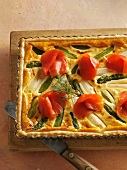 Asparagus tart with smoked salmon