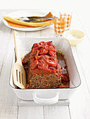 Meat loaf with tomatoes