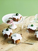 Mini Christmas cakes (English)
