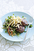 Meat patties with noodles and Chinese cabbage salad