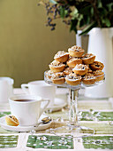 Mince pies with crumbles