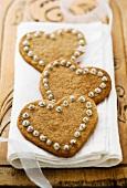 Festive heat-shaped cinnamon biscuits