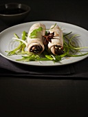Chicken roulade with star anise and spring onions (Japan)