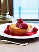 French toast with fresh raspberries (pain perdu)