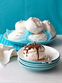 Mini pavlovas with chocolate