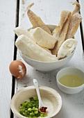 Stockfisch und Cassave, Ei, Frühlingszwiebeln